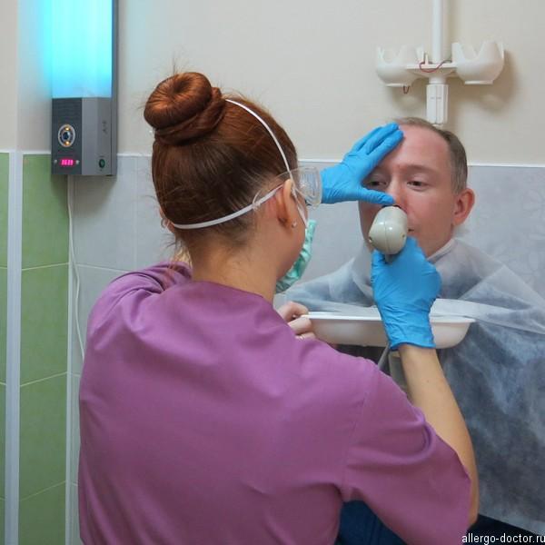 Узол терапия в лор клинике Доктор. Промывание носа и горла с распылением лекарства под действием ультразвука