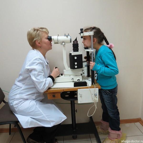 Детский офтальмолог, детский окулист, детский врач офтальмолог